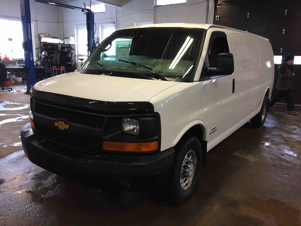 used 2006 chevrolet express cargo van cargo in carleton used inventory armand automobiles in. Black Bedroom Furniture Sets. Home Design Ideas