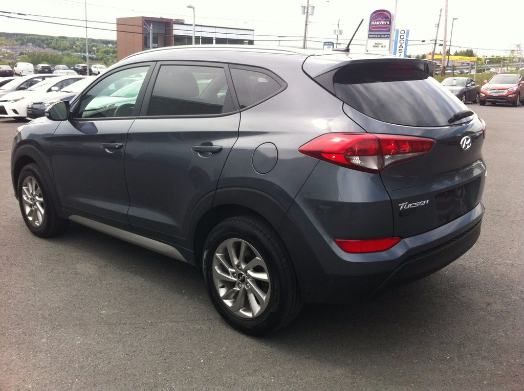 2017 hyundai tucson premium awd d 39 occasion saint georges. Black Bedroom Furniture Sets. Home Design Ideas