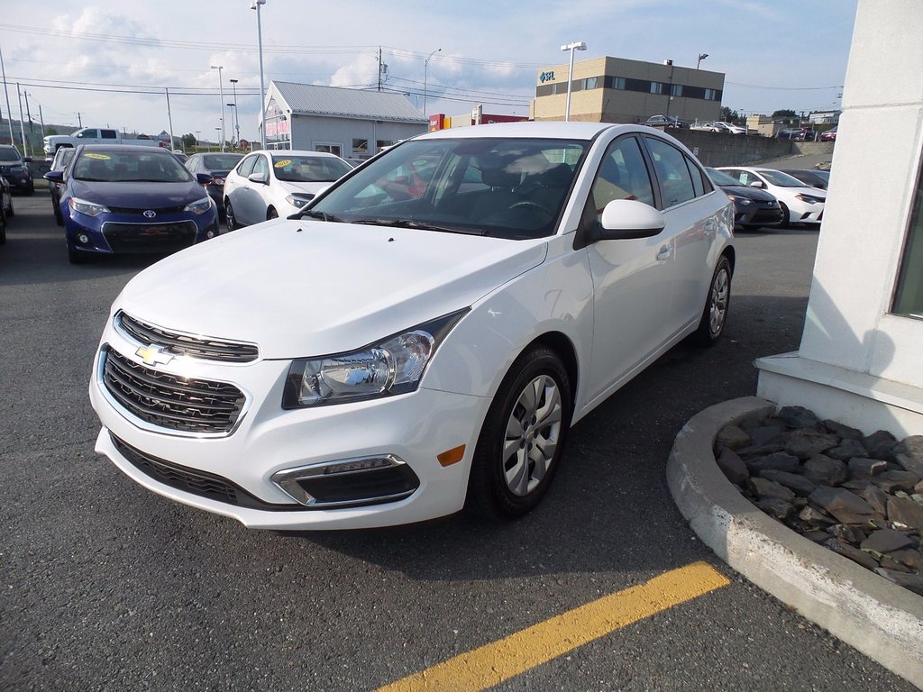 Used 2015 Chevrolet Cruze LT 1LT in St-Georges - Used inventory ...