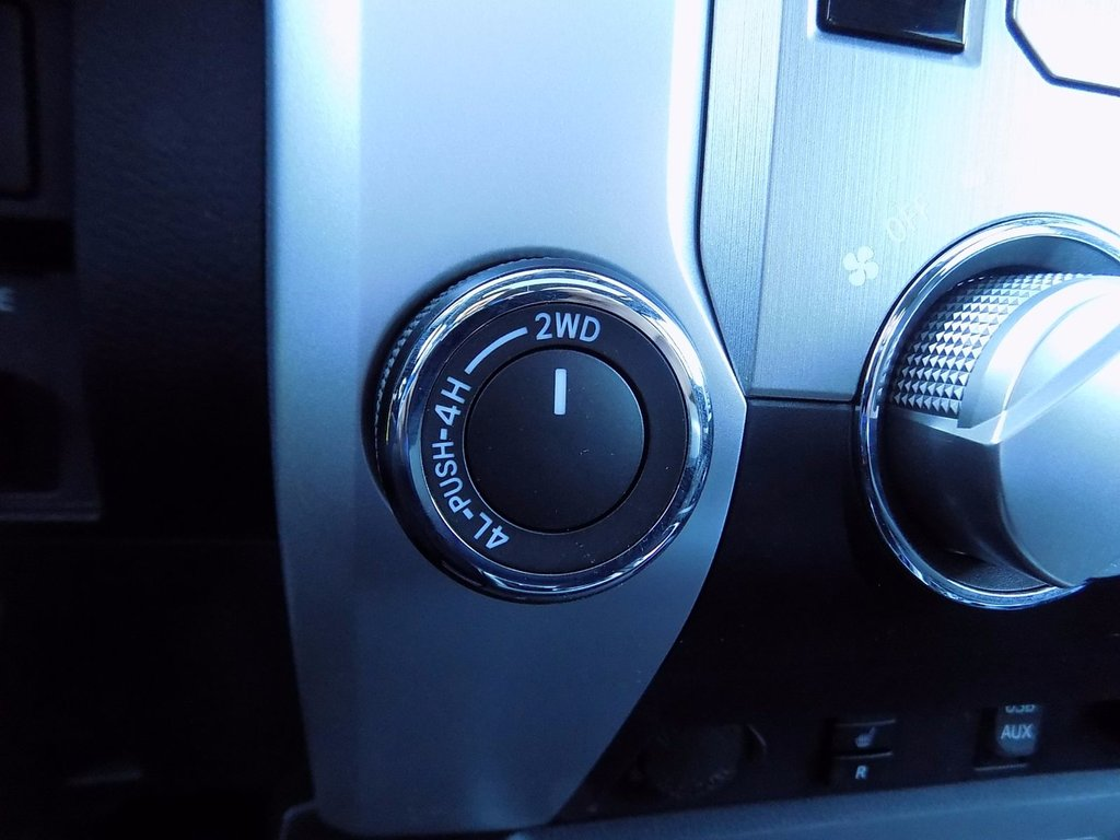 Toyota Tundra SR5 Plus  TRD OFF ROAD
