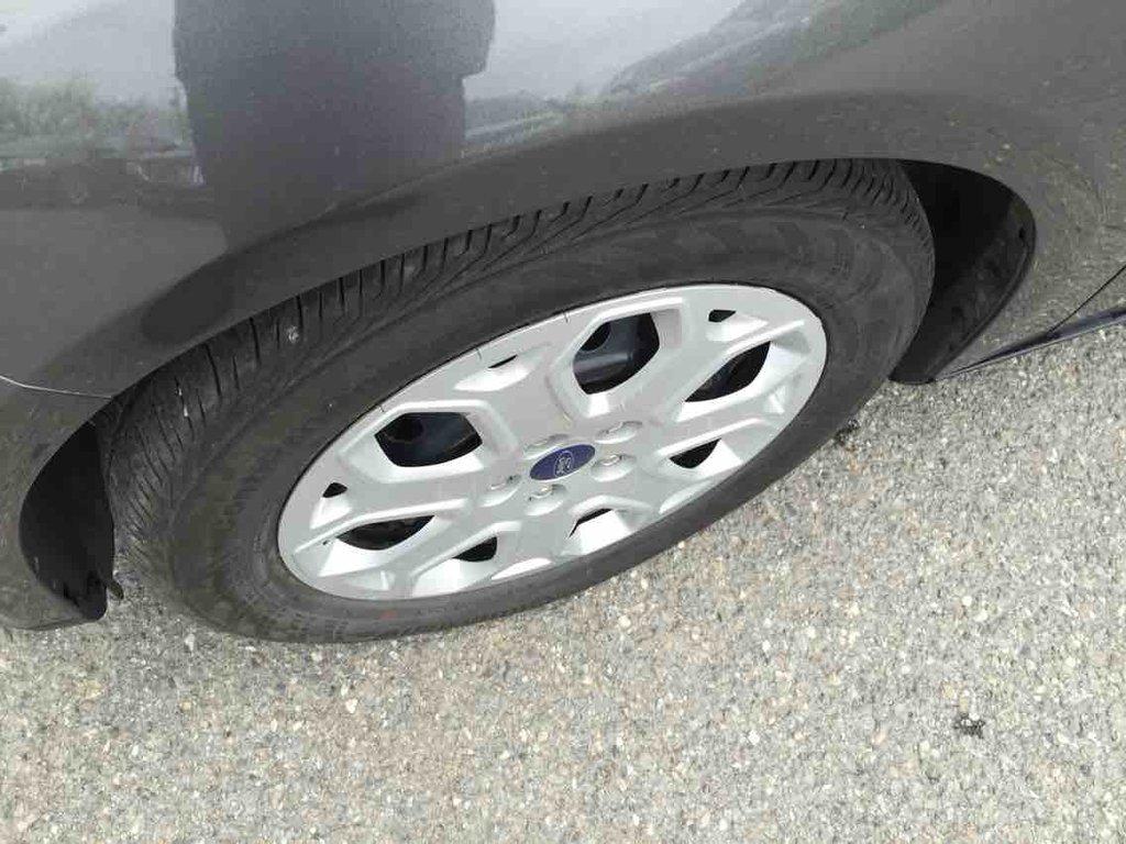 Ford Focus SE 4 PORTES