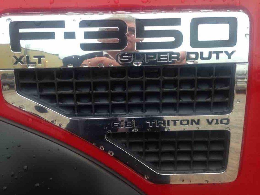Ford Super Duty F-350 SRW F-350 4X4 XLT