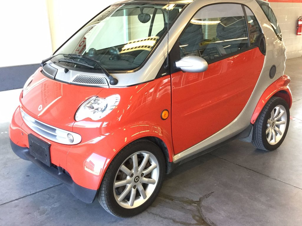 2006 smart fortwo passion d 39 occasion cowansville inventaire d 39 occasion cowansville nissan. Black Bedroom Furniture Sets. Home Design Ideas