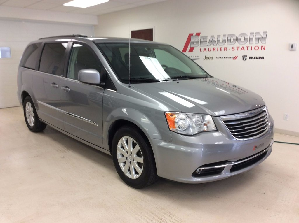 gimli country used near winnipeg chrysler serving for htm van sale touring mb town and