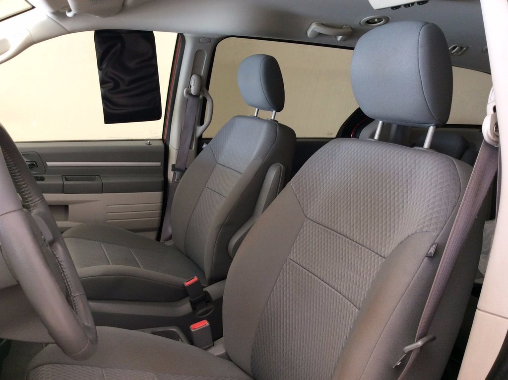 2009 dodge grand caravan se 25th stow in go d 39 occasion laurier station inventaire d 39 occasion. Black Bedroom Furniture Sets. Home Design Ideas