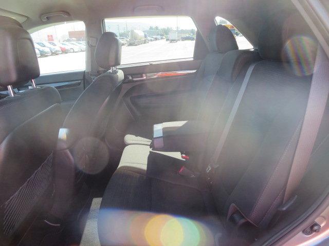Kia Sorento LX V6 AWD, ATTACHE-REMORQUE