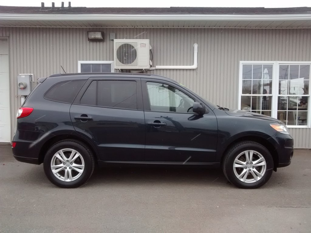 used 2012 hyundai santa fe sport in fredericton used inventory fredericton kia in. Black Bedroom Furniture Sets. Home Design Ideas