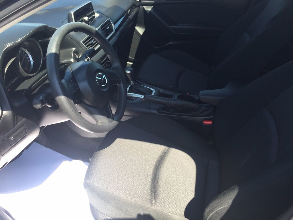 Mazda Mazda3 GX sky