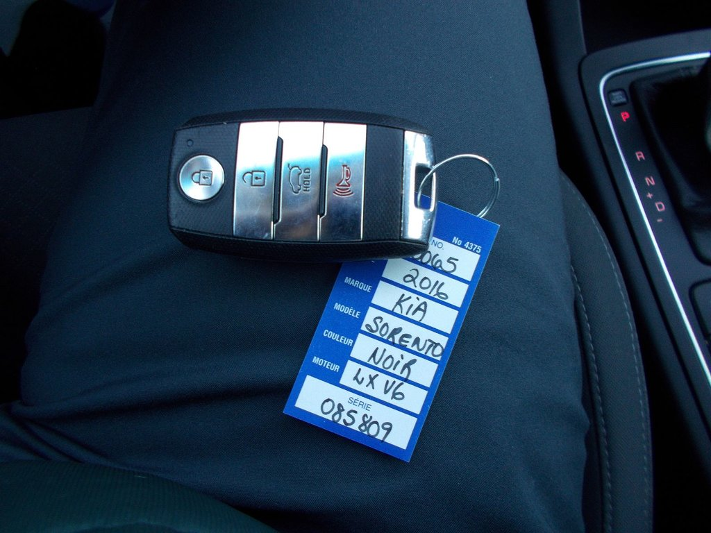 Kia Sorento V6 3.3L, LX+, AWD,
