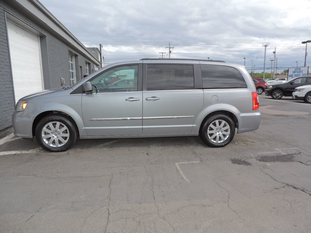 chrysler ephrata town city in tree pine motors pa country revo touring and