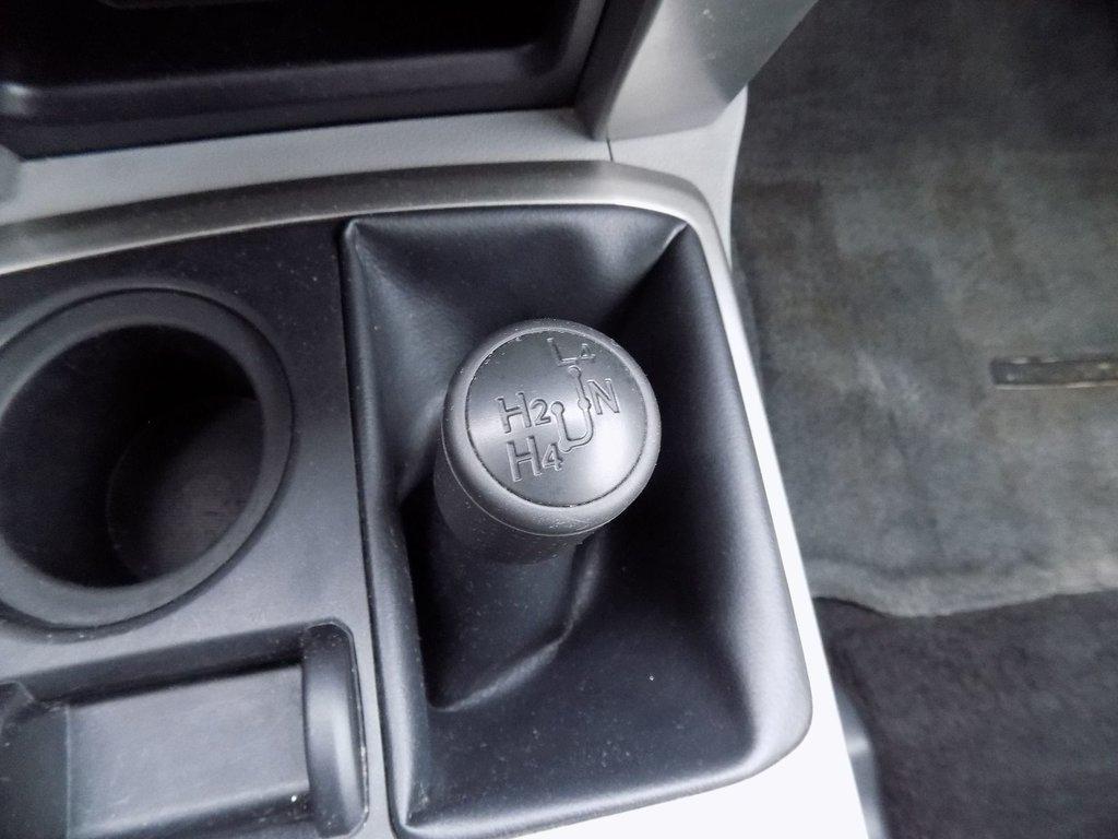 Toyota 4RUNNER SR SR5