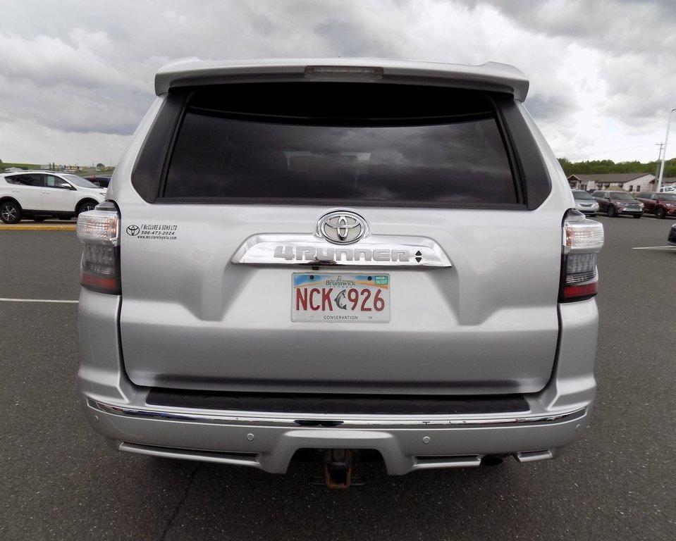 Toyota 4Runner SR5