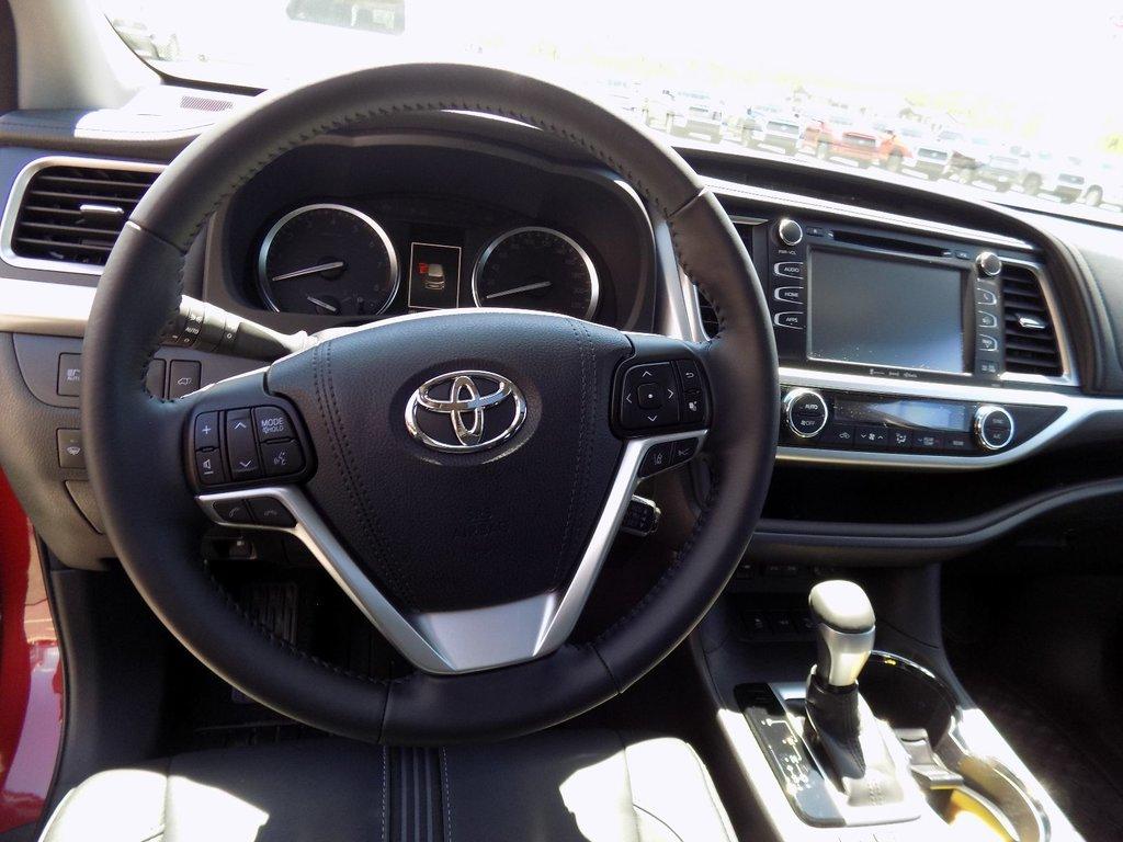 Toyota Highlander XLE