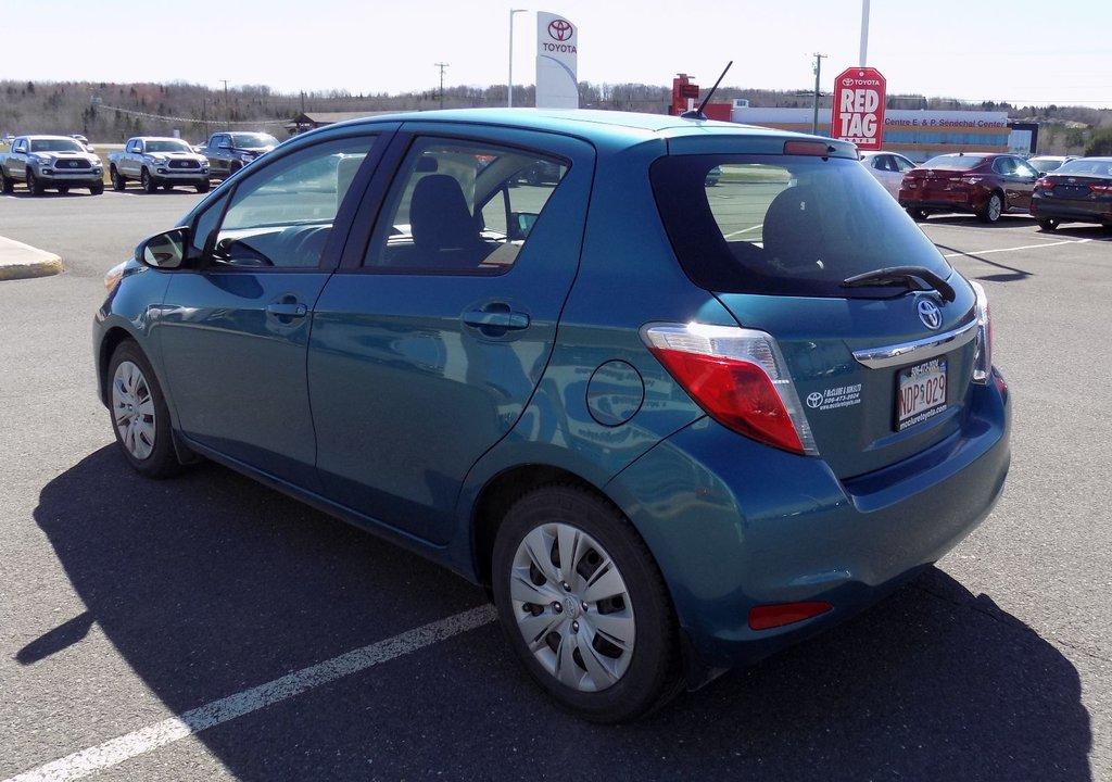 Toyota Yaris LE