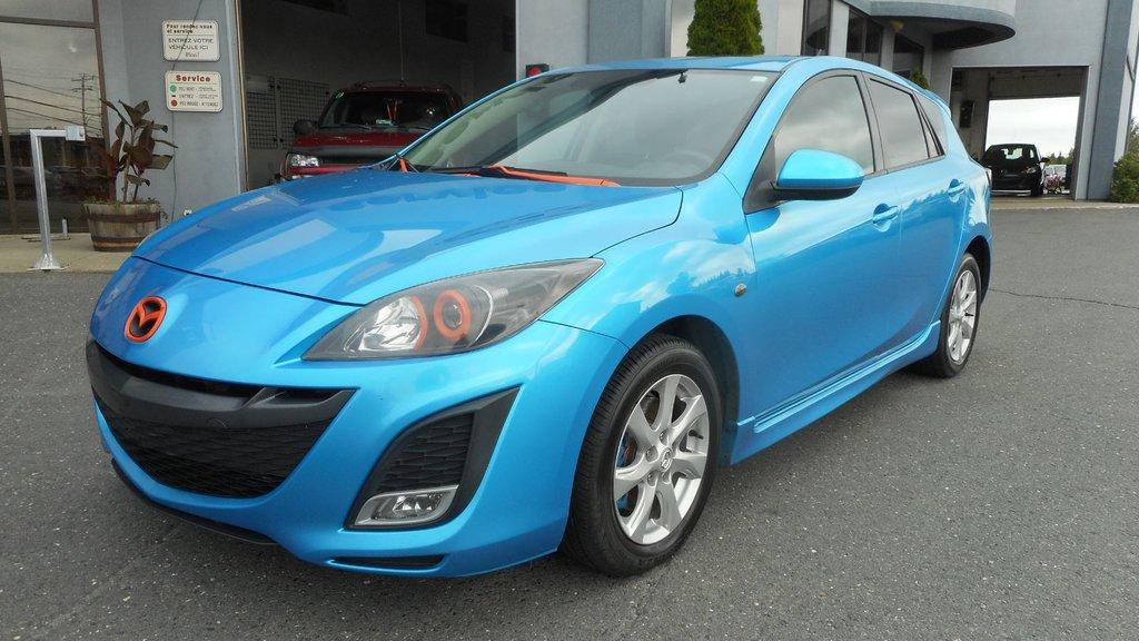 2010 mazda 3 blue