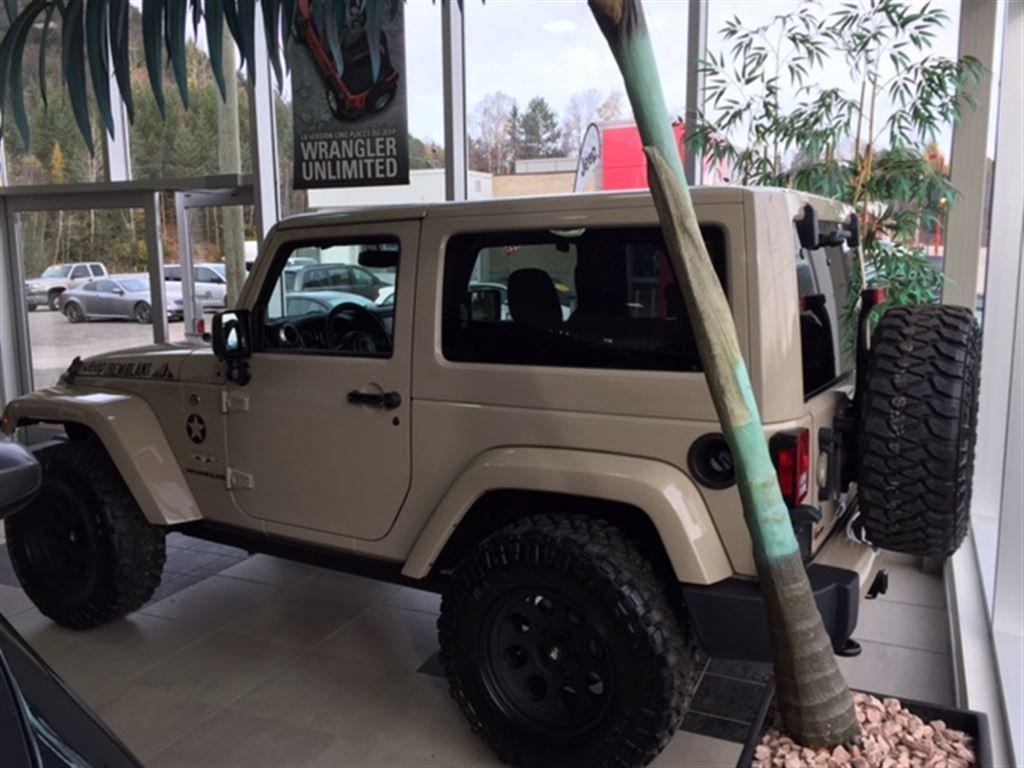 2016 jeep wrangler sahara 4x4 d 39 occasion vendre pour 39. Black Bedroom Furniture Sets. Home Design Ideas