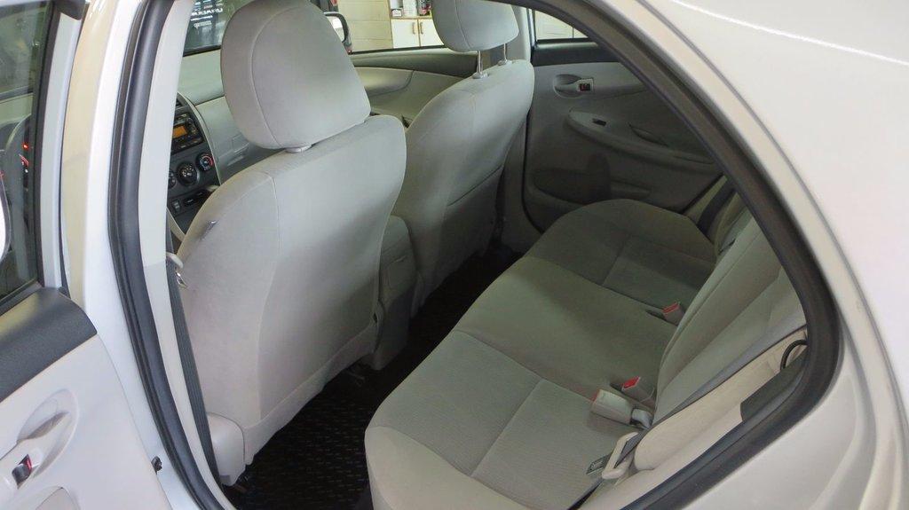 Toyota Corolla CE AMELIORE