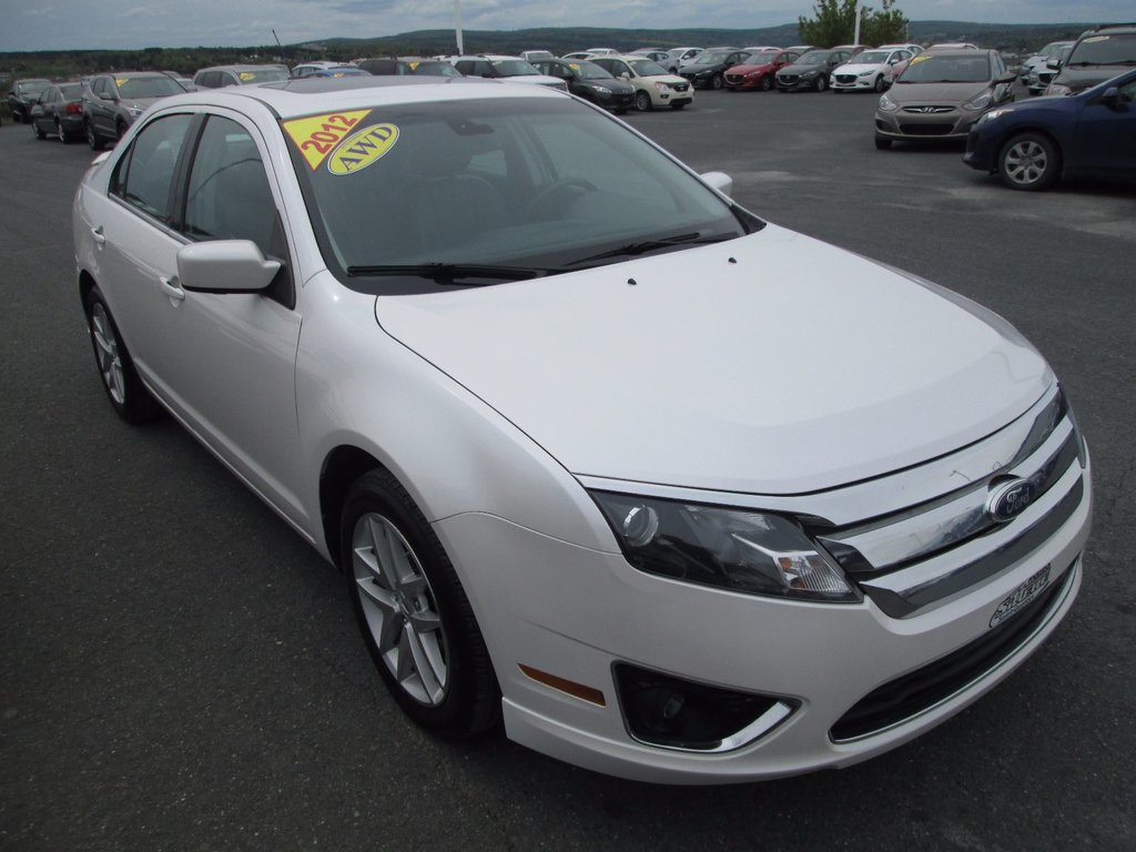 2012 ford fusion sel awd cuir toit ouvrant d 39 occasion saint georges inventaire d 39 occasion. Black Bedroom Furniture Sets. Home Design Ideas