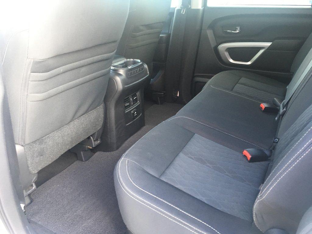 Nissan Titan XD DIESEL SV Premium