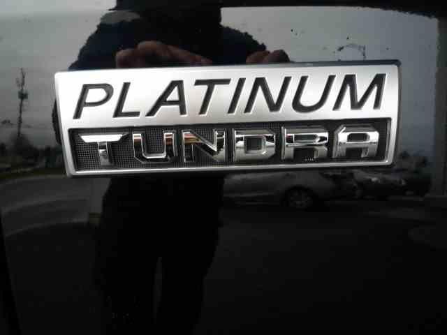 Toyota Tundra 4X4 CrewMax Platinum