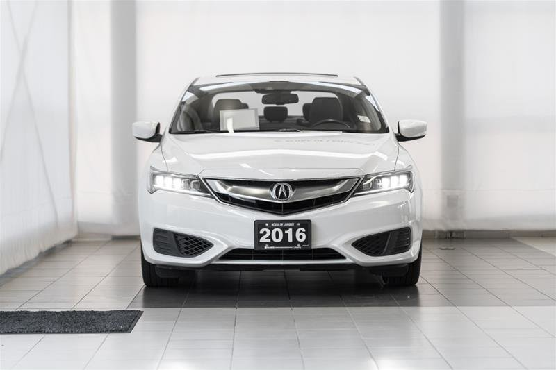 2016 Acura ILX Technology in Langley, British Columbia - 2 - w1024h768px