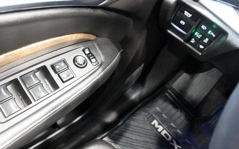 2017 Acura MDX Elite in Regina, Saskatchewan - 3 - w1024h768px