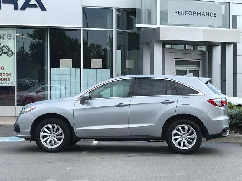2017 Acura RDX At in Markham, Ontario - 3 - w1024h768px