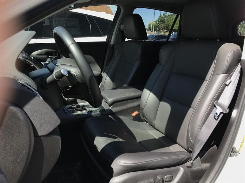 2017 Acura RDX Tech at in Markham, Ontario - 10 - w1024h768px