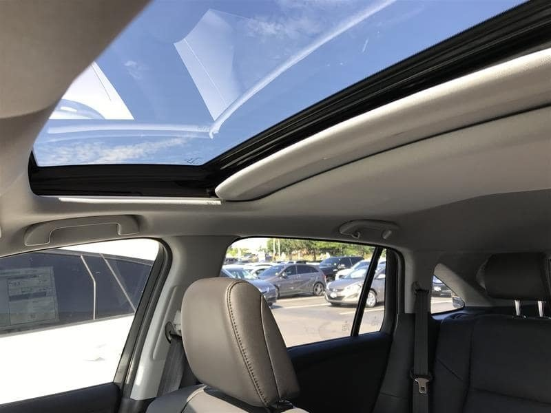 2017 Acura RDX Tech at in Markham, Ontario - 11 - w1024h768px