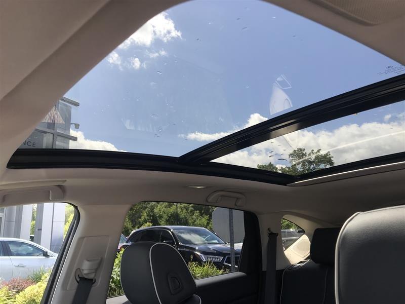 2019 Acura RDX Platinum Elite at in Markham, Ontario - 11 - w1024h768px