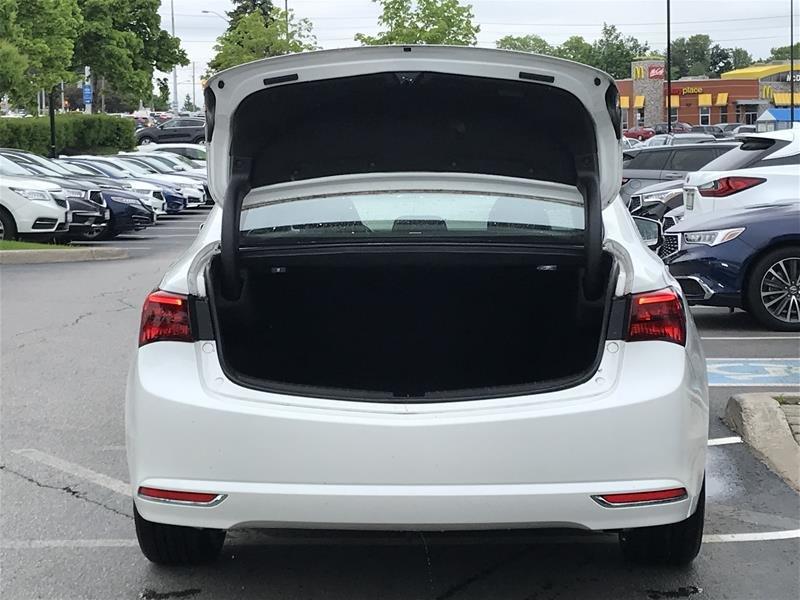 2017 Acura TLX 3.5L SH-AWD w/Tech Pkg in Markham, Ontario - 27 - w1024h768px