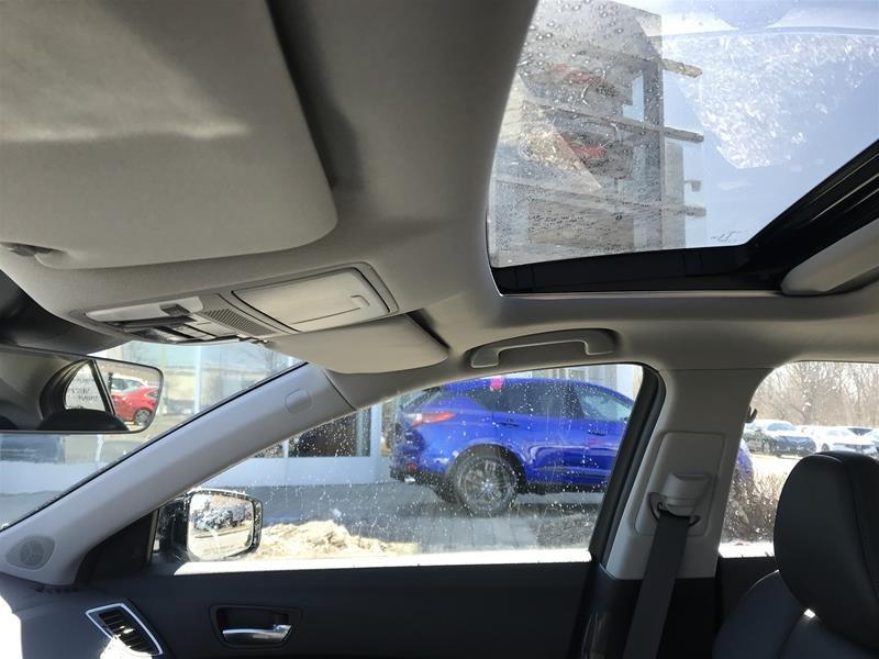 2017 Acura TLX 3.5L SH-AWD w/Tech Pkg in Markham, Ontario - 32 - w1024h768px