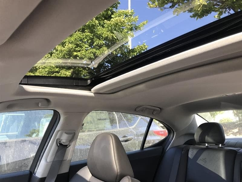 2018 Acura TLX 2.4L P-AWS w/Tech Pkg in Markham, Ontario - 12 - w1024h768px