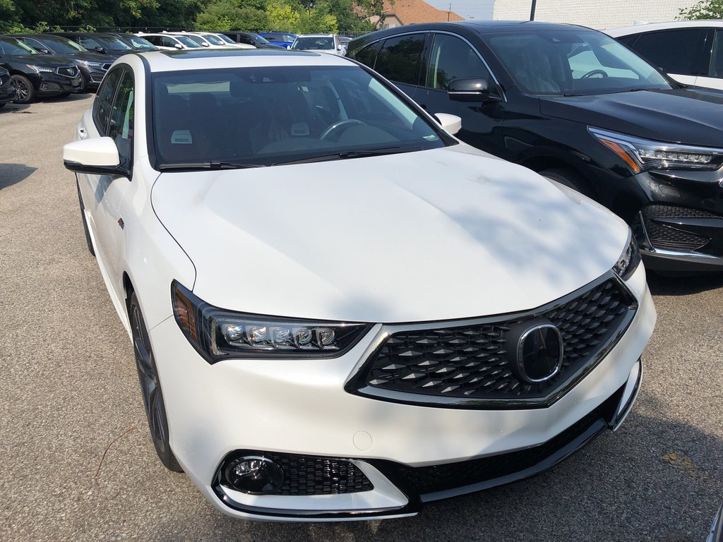 2020 Acura TLX 2.4L P-AWS w/Tech Pkg A-Spec Red in Markham, Ontario - 2 - w1024h768px