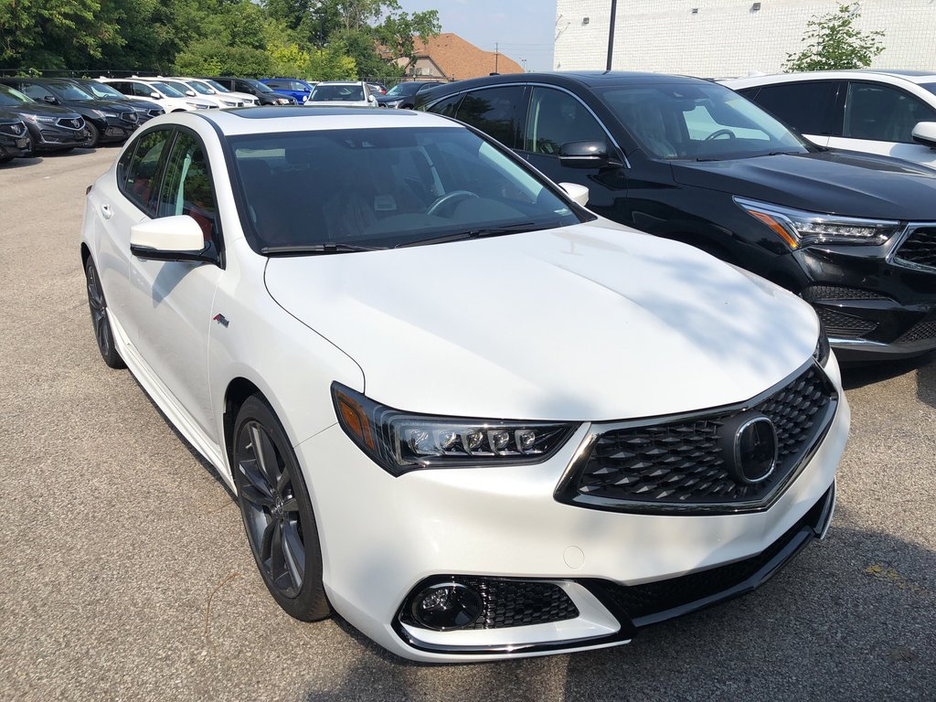 2020 Acura TLX 2.4L P-AWS w/Tech Pkg A-Spec Red in Markham, Ontario - 3 - w1024h768px