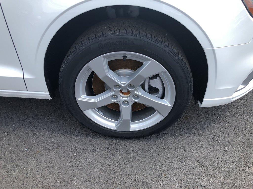 Audi A3 SEDAN Komfort 2019 à St-Bruno, Québec - 4 - w1024h768px