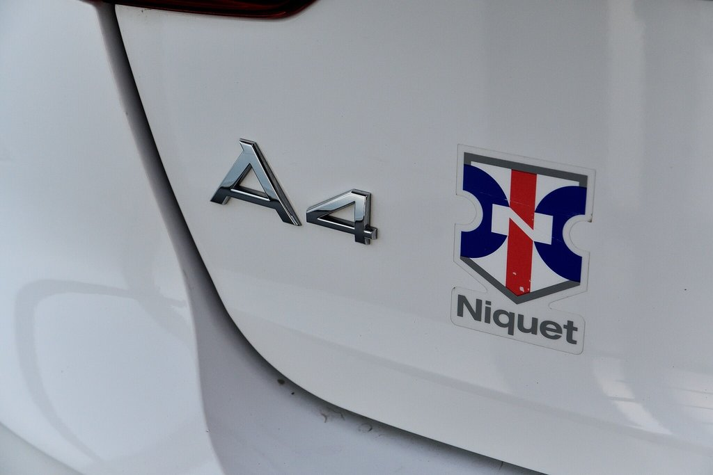 Audi A4 allroad KOMFORT + ENS.COMMODITÉ + MOINS CHÈRE 2017 à St-Bruno, Québec - 10 - w1024h768px