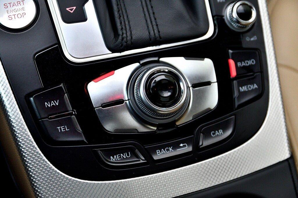Audi A4 PROGRESSIV + CAMERA RECUL + GPS 2014 à St-Bruno, Québec - 27 - w1024h768px