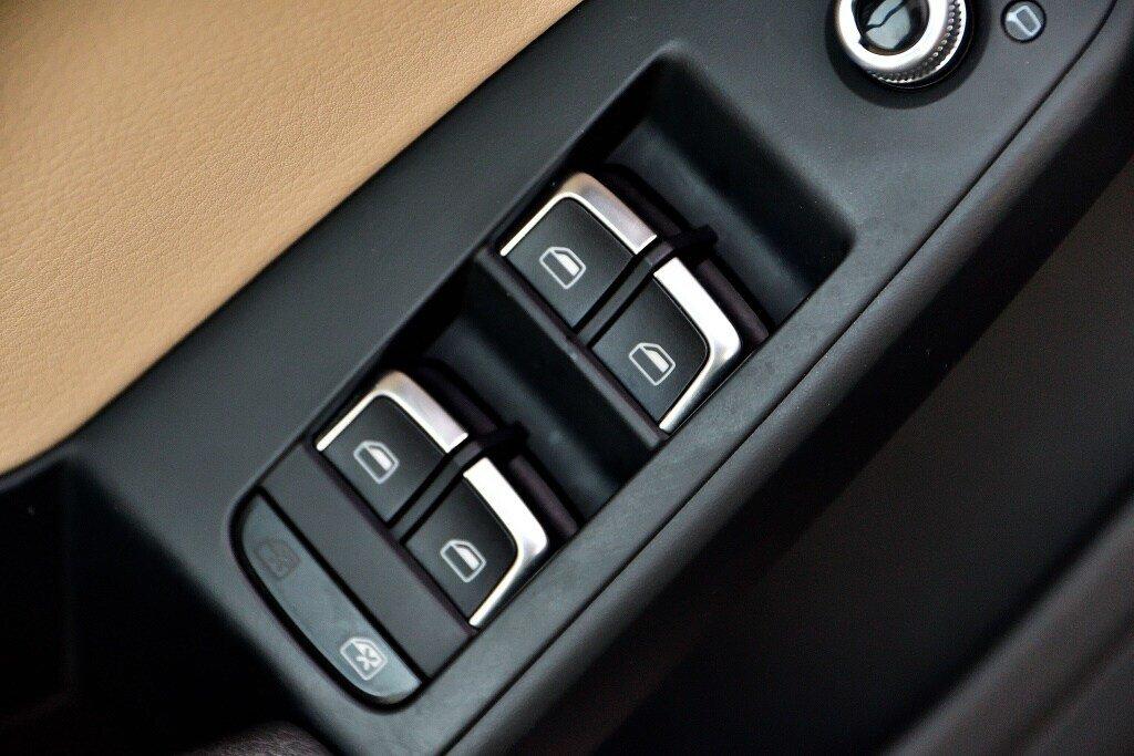 Audi A4 PROGRESSIV + CAMERA RECUL + GPS 2014 à St-Bruno, Québec - 14 - w1024h768px