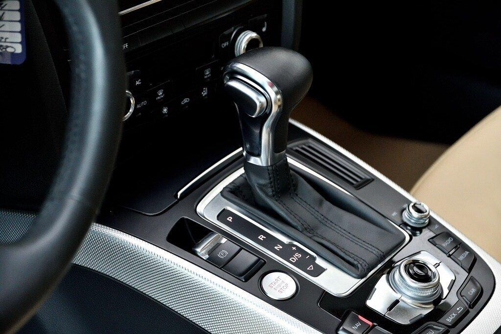Audi A4 PROGRESSIV + CAMERA RECUL + GPS 2014 à St-Bruno, Québec - 13 - w1024h768px
