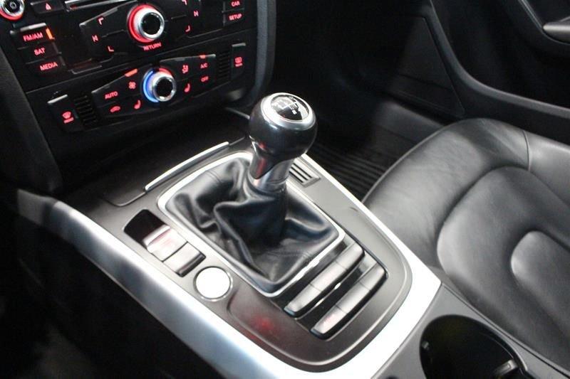 2016 Audi A4 2.0T Komfort plus quattro 6sp in Regina, Saskatchewan - 31 - w1024h768px
