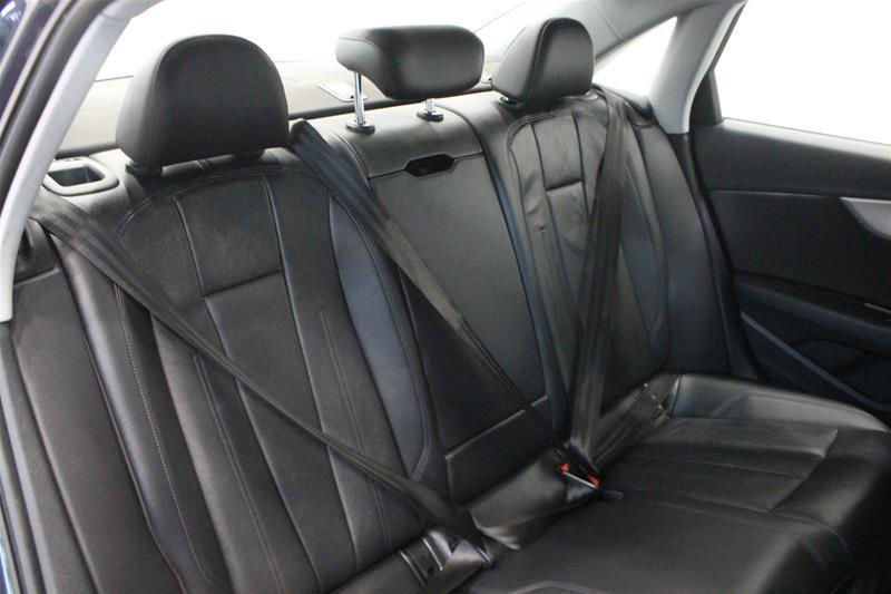 2016 Audi A4 2.0T Komfort plus quattro 6sp in Regina, Saskatchewan - 13 - w1024h768px