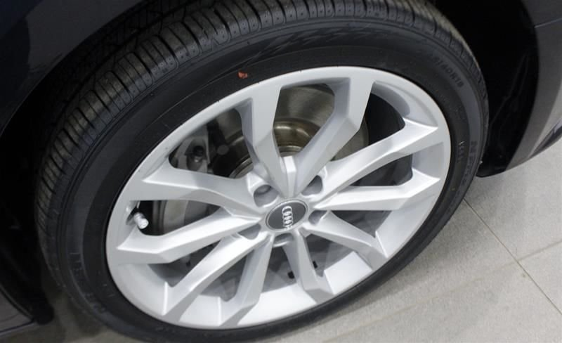 2017 Audi A4 2.0T Progressiv quattro 7sp S tronic in Regina, Saskatchewan - 40 - w1024h768px