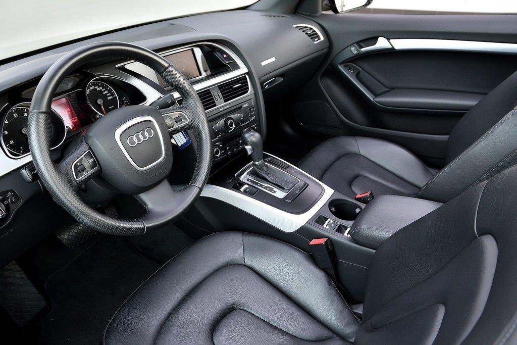 Audi A5 PREMIUM + CABRIOLET + BAS KILO 2012 à St-Bruno, Québec - 8 - w1024h768px