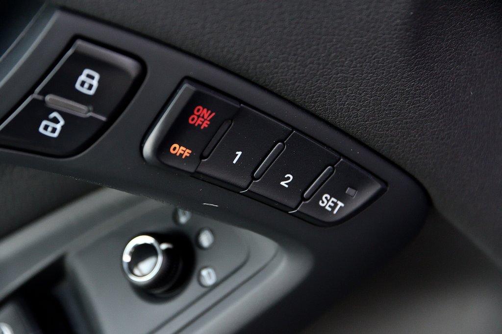 Audi A5 PREMIUM + CABRIOLET + BAS KILO 2012 à St-Bruno, Québec - 11 - w1024h768px