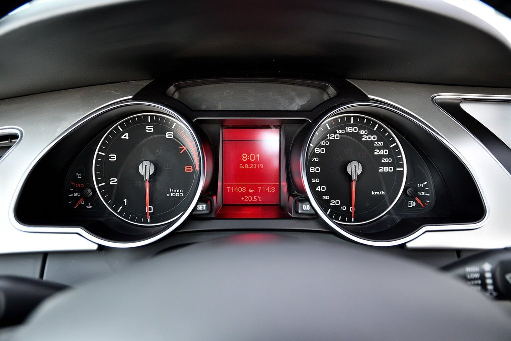 Audi A5 PREMIUM + CABRIOLET + BAS KILO 2012 à St-Bruno, Québec - 15 - w1024h768px