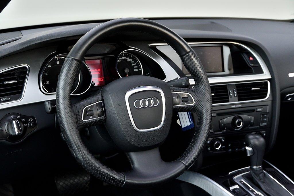 Audi A5 PREMIUM + CABRIOLET + BAS KILO 2012 à St-Bruno, Québec - 7 - w1024h768px
