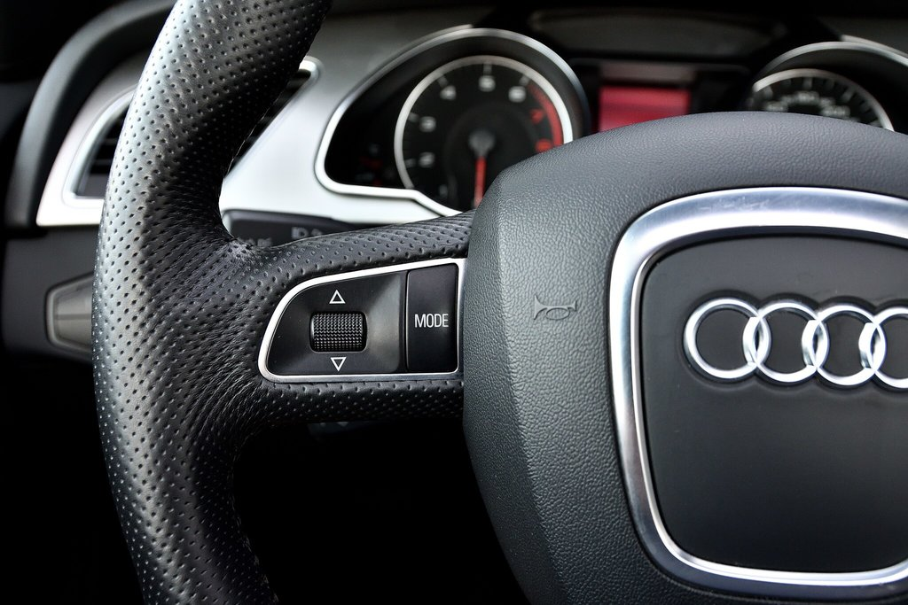 Audi A5 PREMIUM + CABRIOLET + BAS KILO 2012 à St-Bruno, Québec - 21 - w1024h768px