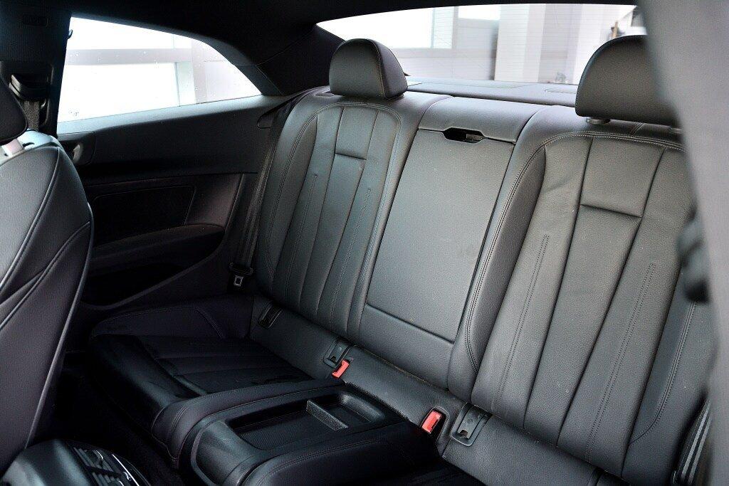 Audi A5 PROGRESSIV + LE MOINS CHÈRE + S-LINE 2018 à St-Bruno, Québec - 19 - w1024h768px