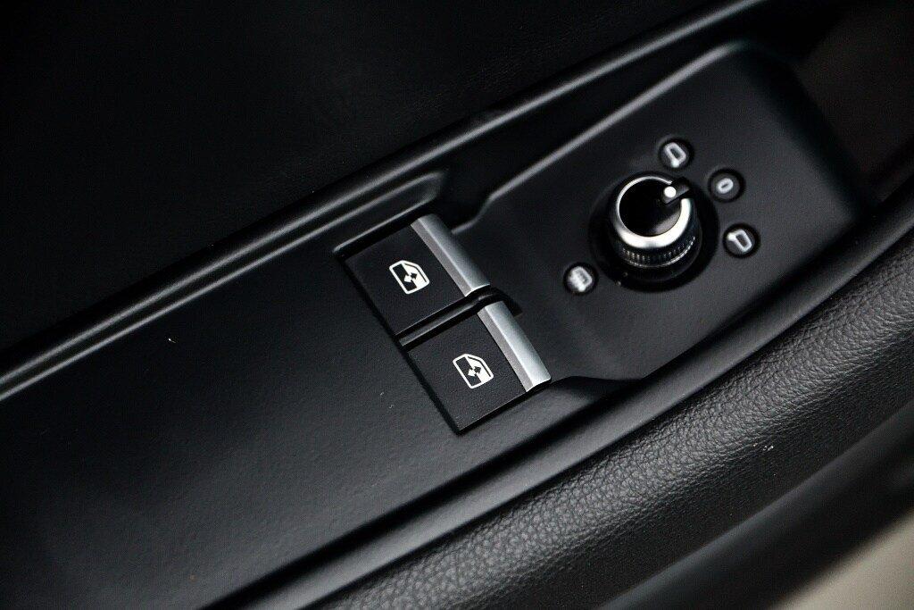 Audi A5 PROGRESSIV + LE MOINS CHÈRE + S-LINE 2018 à St-Bruno, Québec - 15 - w1024h768px
